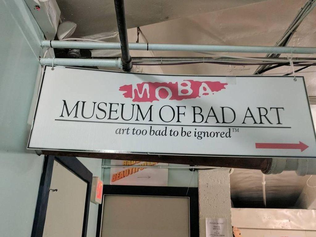 Foto: Museum Ini Pajang Karya-karya Terburuk