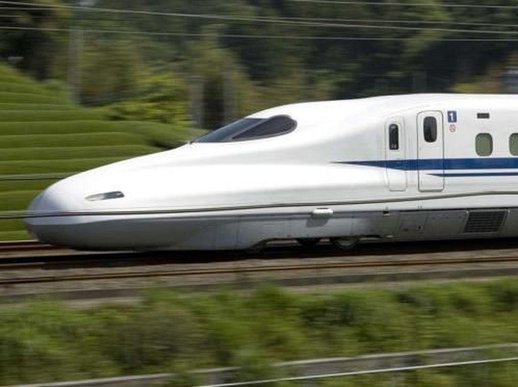 JK: Kereta Kencang JKT-SBY Bisa Dibangun Melayang atau Bawah Tanah
