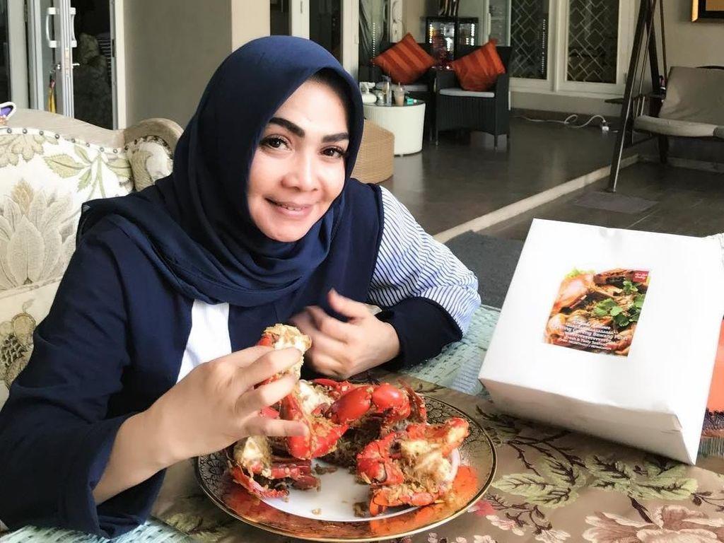 Pengalaman Ibunda Nagita Slavina Berjuang Sembuh dari COVID-19