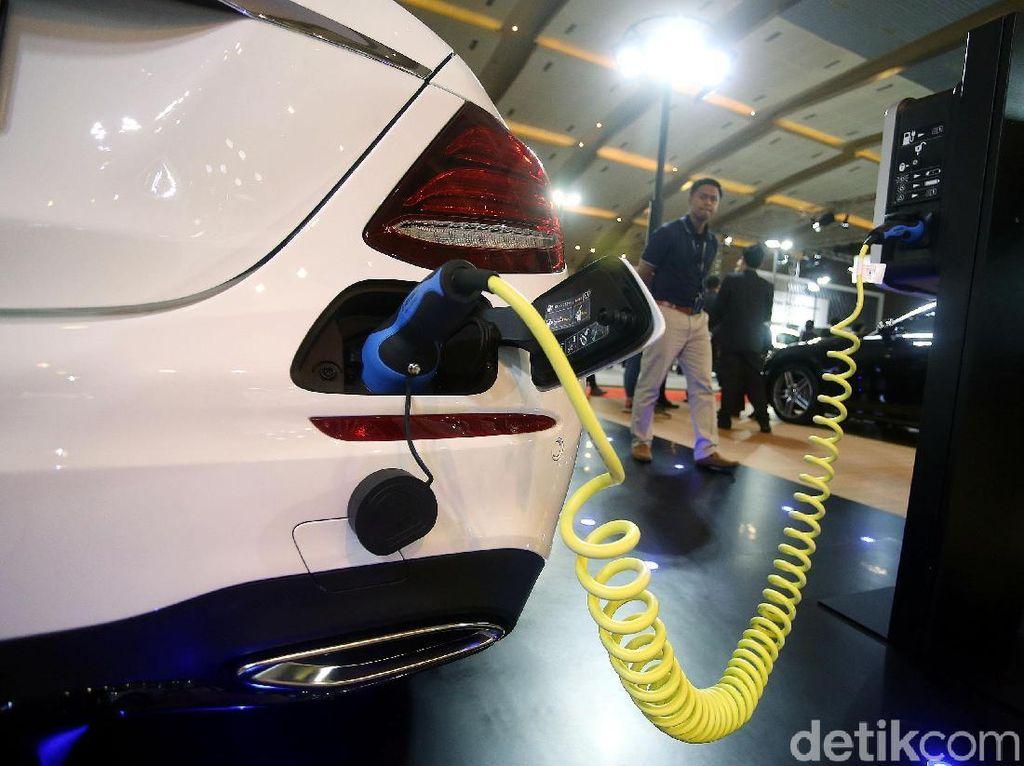 Kendaraan Elektrik Tak Bakal Bunuh Industri Komponen Otomotif