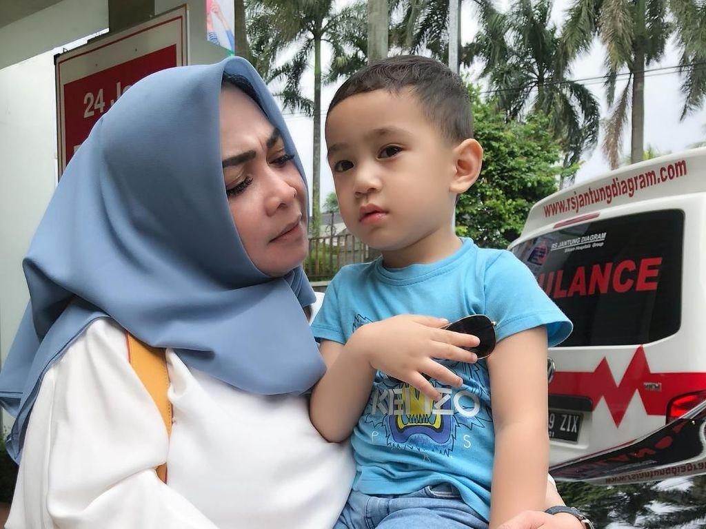 Cerita soal Rafathar, Mama Rieta sampai Nangis