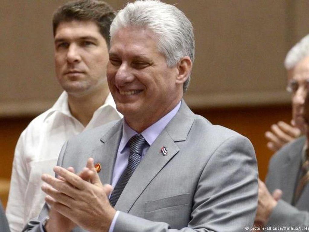 Presiden Baru Kuba Diaz-Canel Yakin Komunisme Akan Bertahan