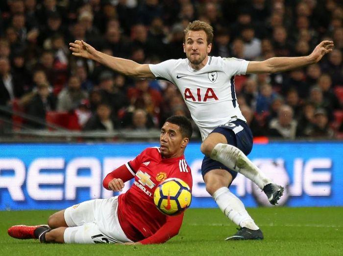 Manchester United saat melawan Tottenham Hotspur. (Foto: Steve Bardens/Getty Images)