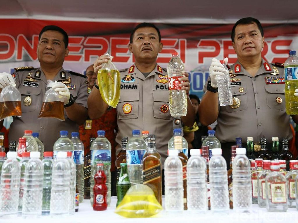 Polisi Sita 39 Ribu Miras dan Tangkap 180 Pelaku