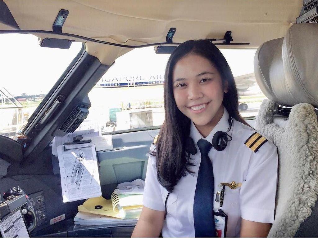 Inspiratif! Pilot Tania Artawidjaya Tetap Produktif Walau #DiRumahAja