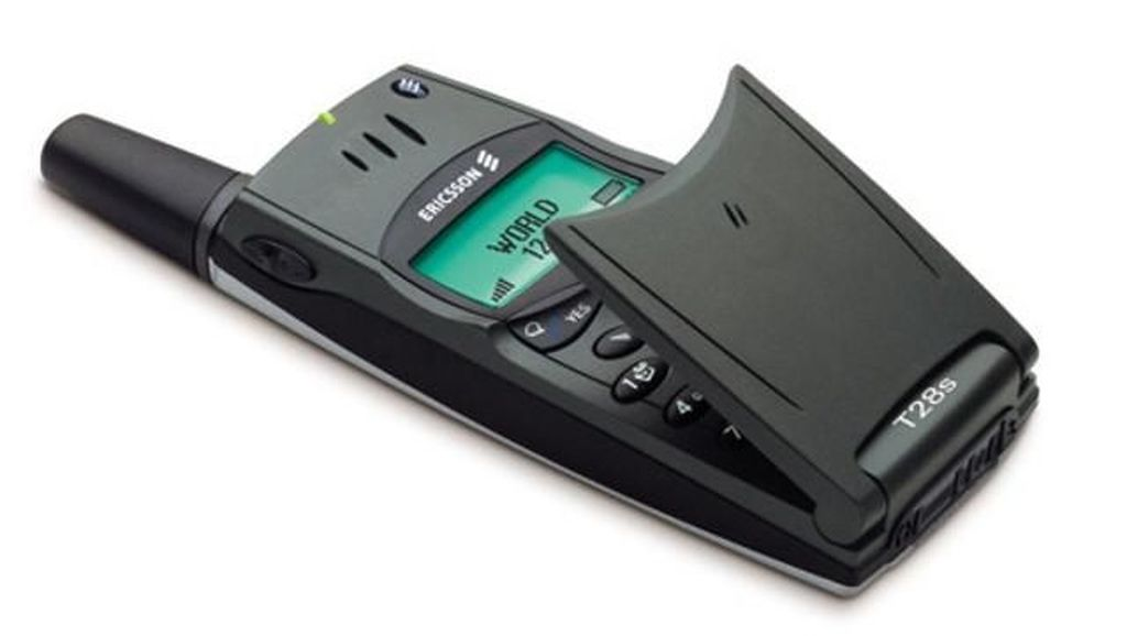 Ponsel Hitam Putih yang Pernah Bikin Penggunanya Bangga