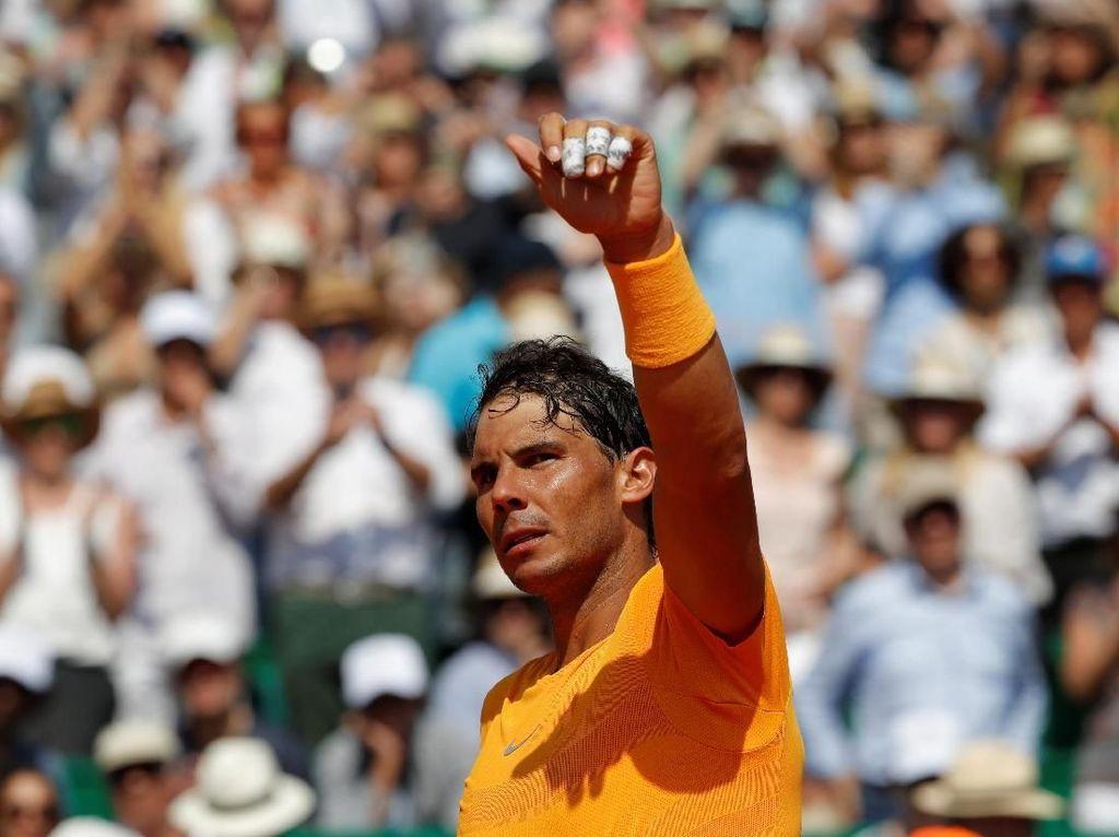Nadal Komentari Keputusan Federer Lewatkan Musim Tanah Liat