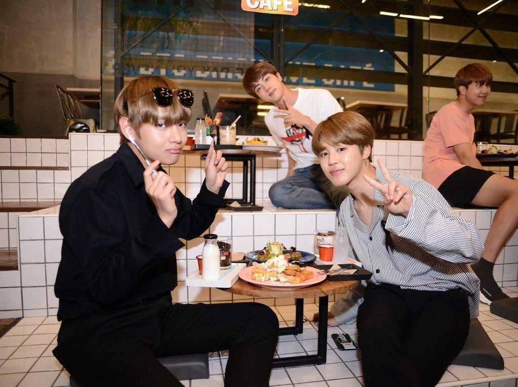 Yeay! Member BTS Juga Kompak Jika Sedang Makan dan Ngumpul Bareng