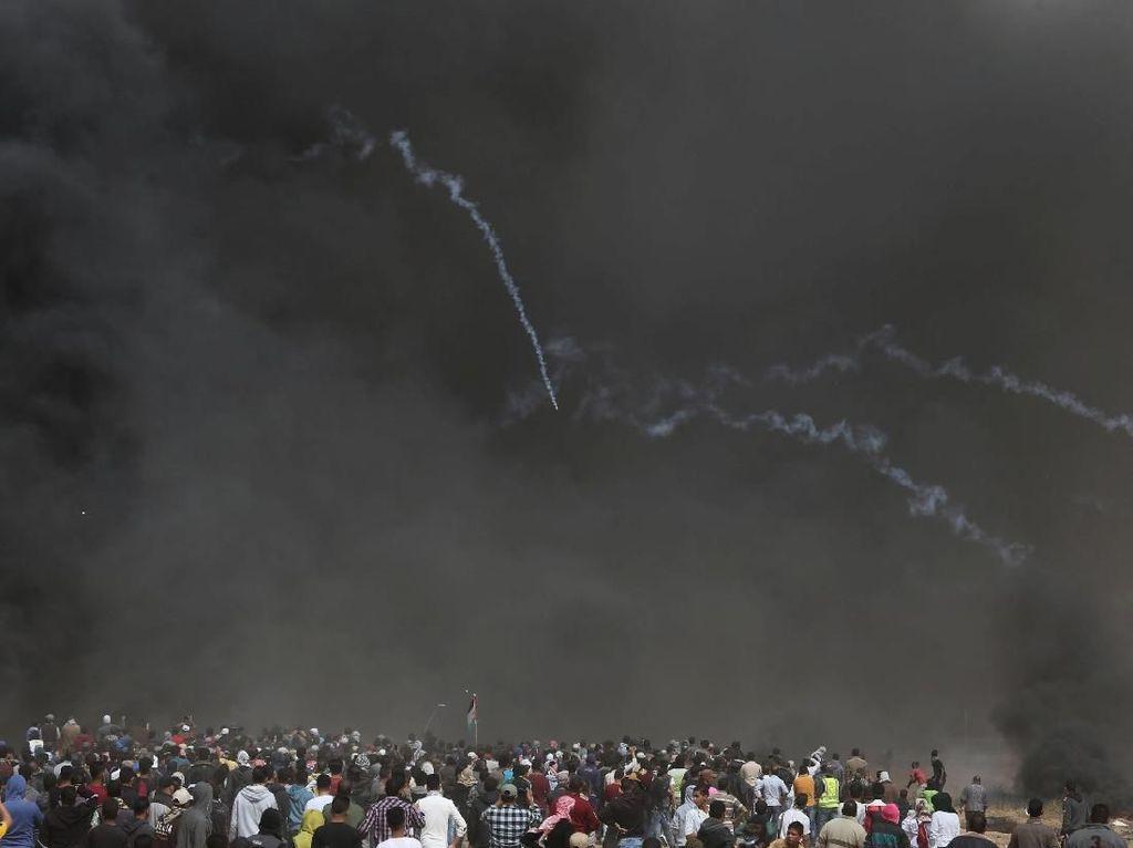 Puluhan Demonstran Palestina Terluka Ditembak Israel di Gaza