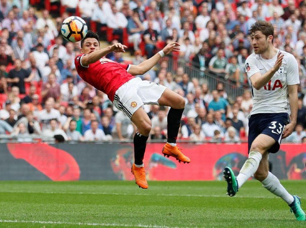 Jungkalkan Spurs, MU ke Final Piala FA