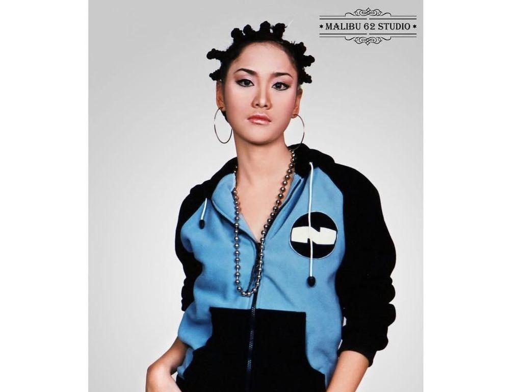 Foto Jadul 10 Artis Indonesia Saat ABG, Masih Ngenalin Nggak?