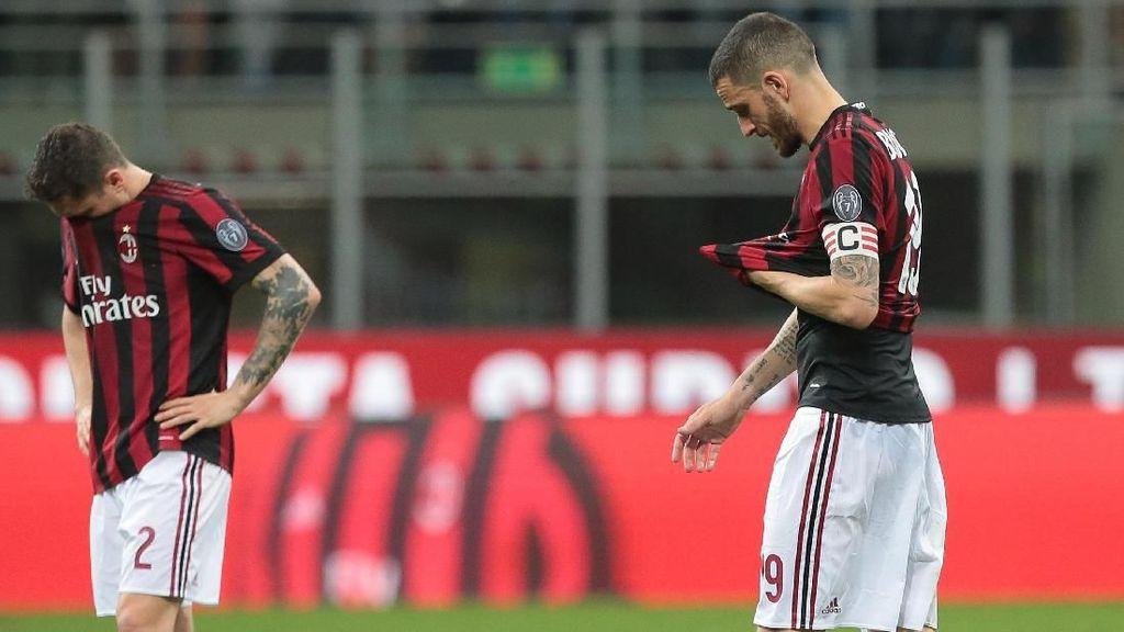 Ditekuk Tim Juru Kunci, Performa Milan Memalukan