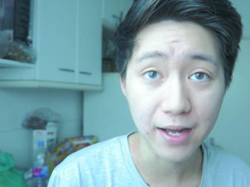 Jahili Orang Tua, YouTuber Ini Dihukum Penjara & Denda Rp 350 Juta
