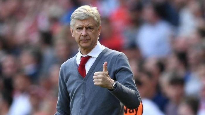 Manajer Arsenal, Arsene Wenger. (Foto: Shaun Botterill/Getty Images)