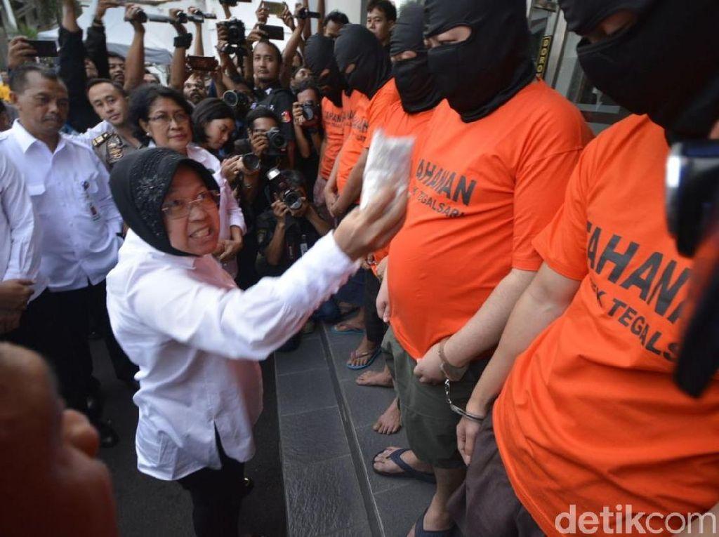 Foto: Ekspresi Wali Kota Risma Marahi Pengedar Pil Koplo