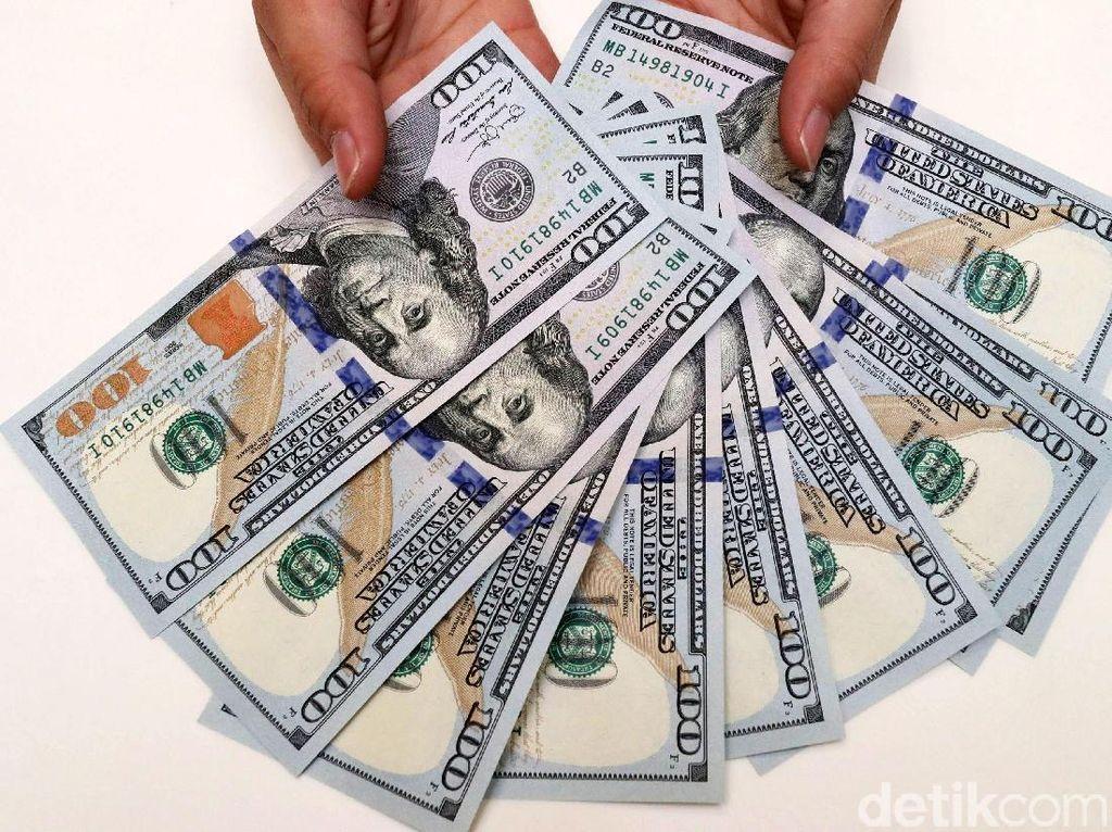 Simulasi Bank Mandiri, Perusahaan Bisa Goyang Jika Dolar AS Rp 37.000