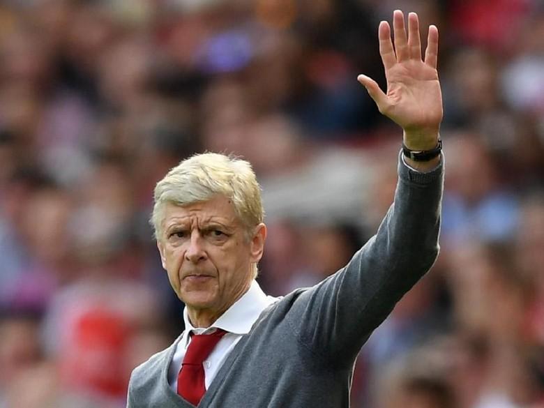 Wenger Terluka karena Fans Arsenal Terbelah