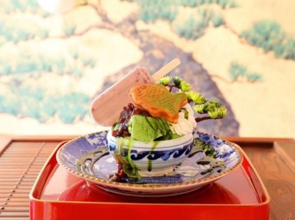 Cantik Banget! Parfait Ini Disusun Persis Pohon Bonsai yang Unik