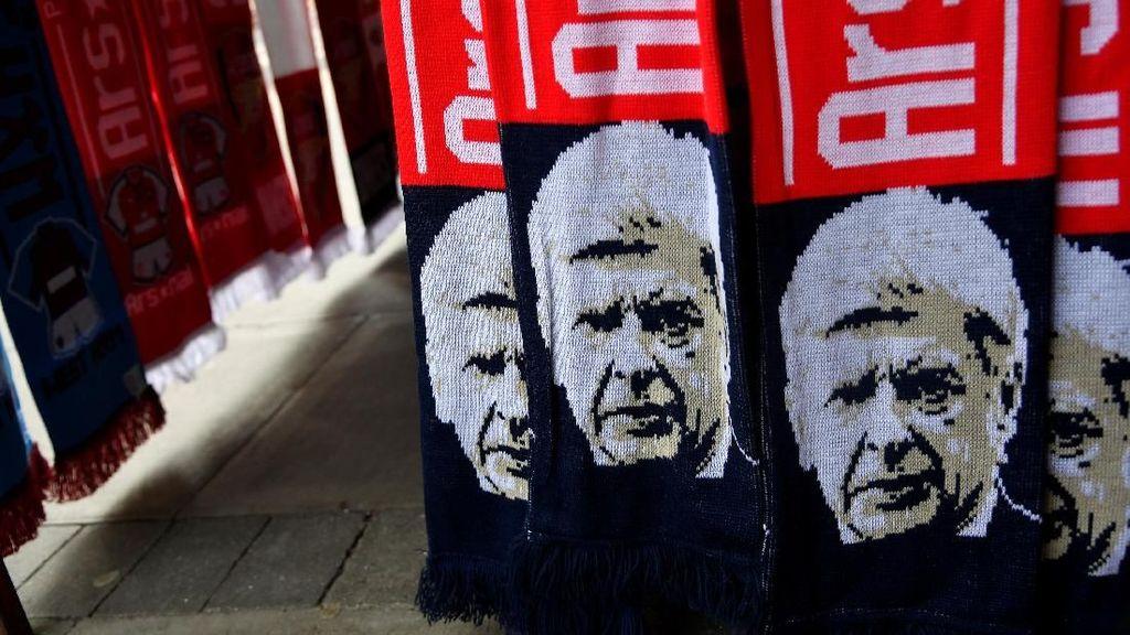 Wenger Isyaratkan Takkan Melatih di Inggris Lagi