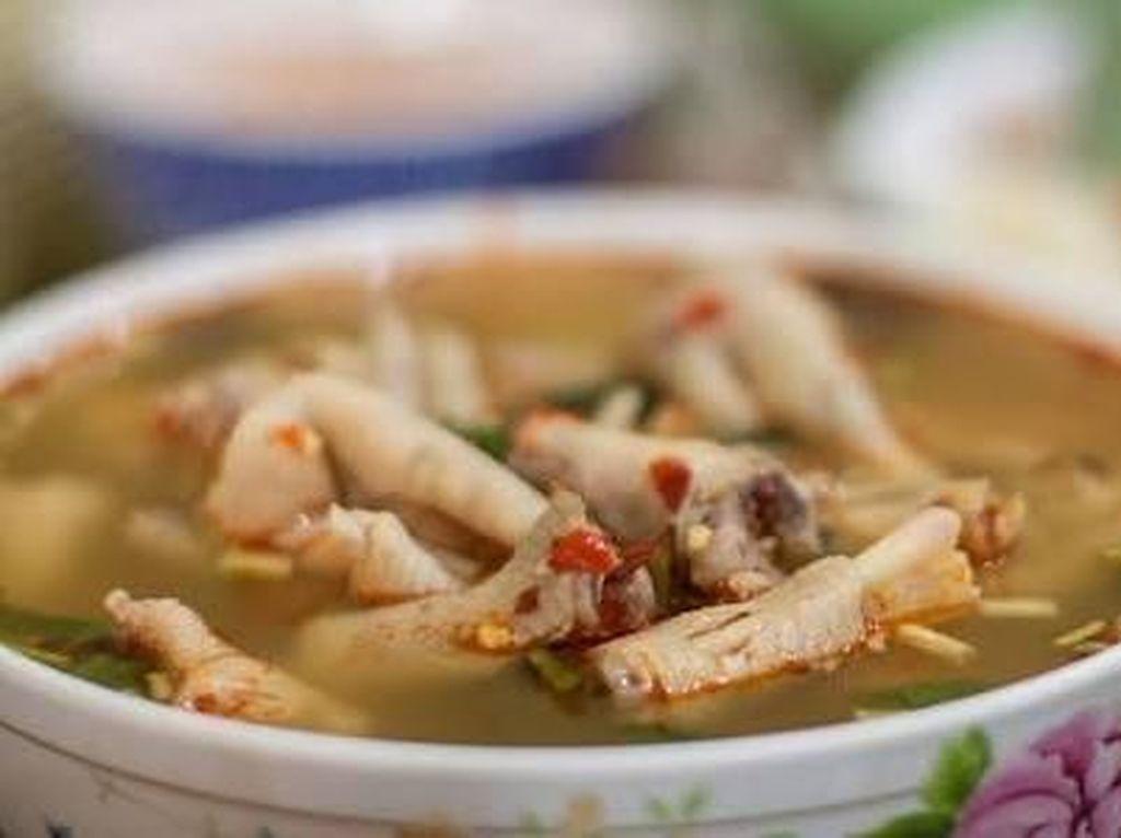 Nyam! Hangat Gurih Soto Ceker Ada di 5 Tempat Makan di Jakarta