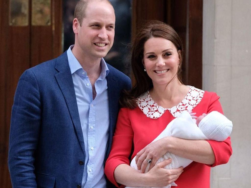 Foto: Wajah Bahagia Kate Middleton Usai Lahiran Anak Ketiga