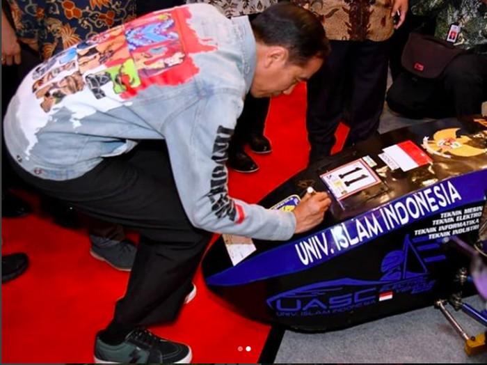 Mobil Listrik Besutan Anak Bangsa Pakai Teknologi Mobil F1