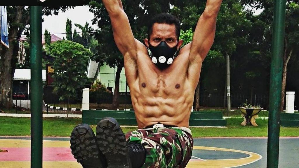 Foto: Kekarnya Mayor Eka Wira, Prajurit Sparta dari TNI
