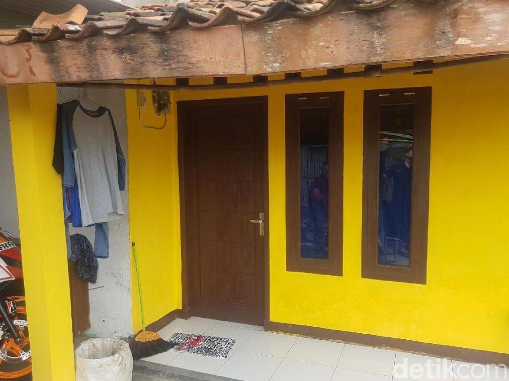 Ini Indekos Kuning Tempat Praktik Dukun Cabuli Wanita Galau