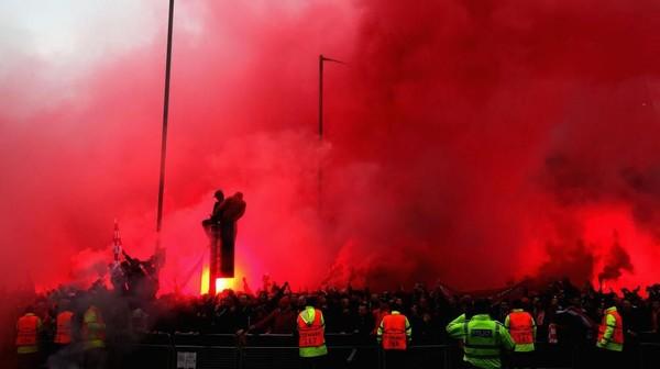Roma Kutuk Tindak Kekerasan Fans-nya di Liverpool