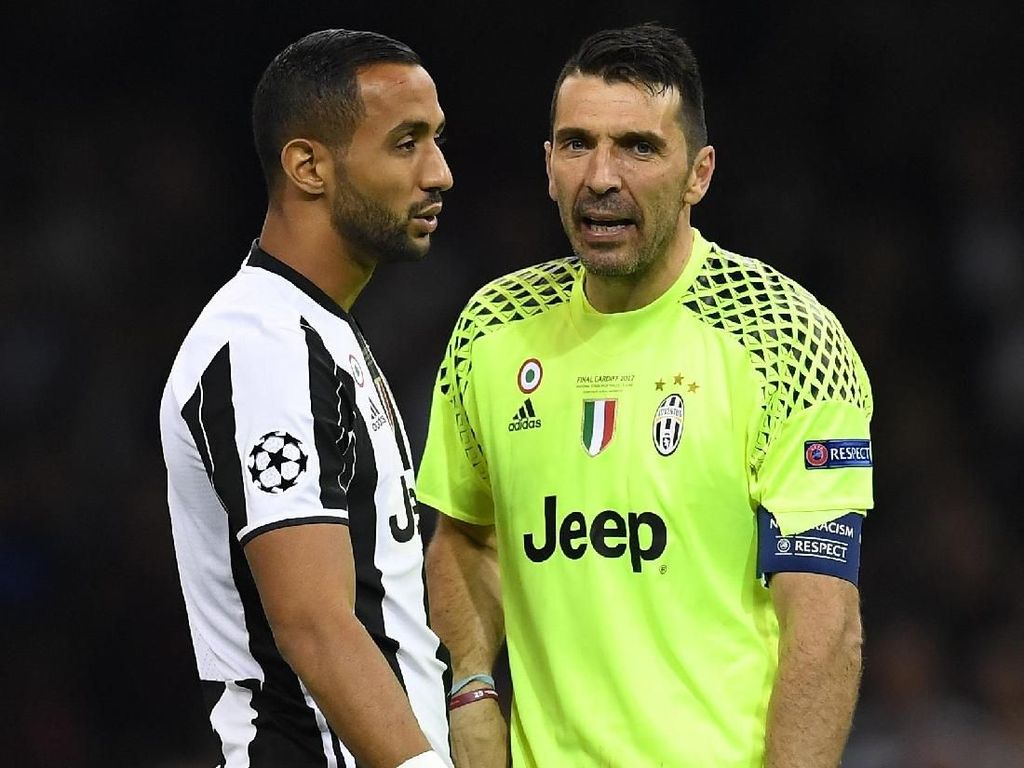 Buffon Bantah Berselisih dengan Benatia
