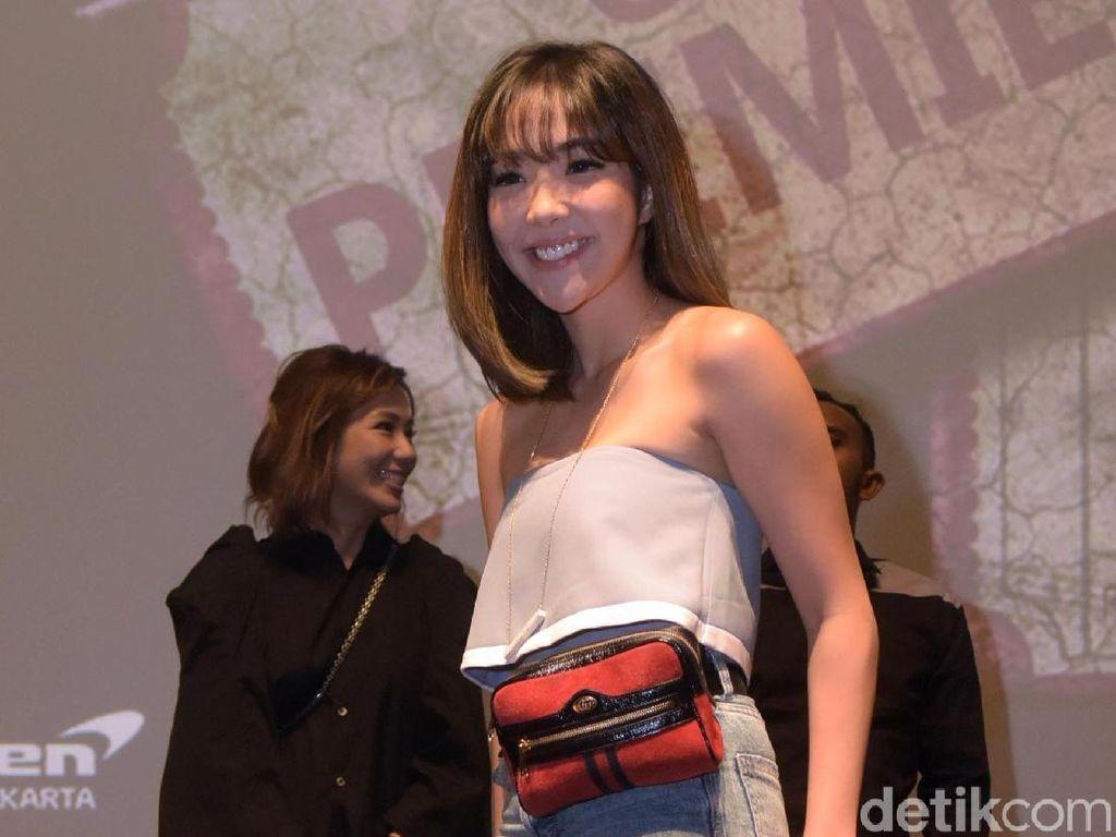 Duh! Gisel Jadi Sasaran Julid Netizen karena Legging