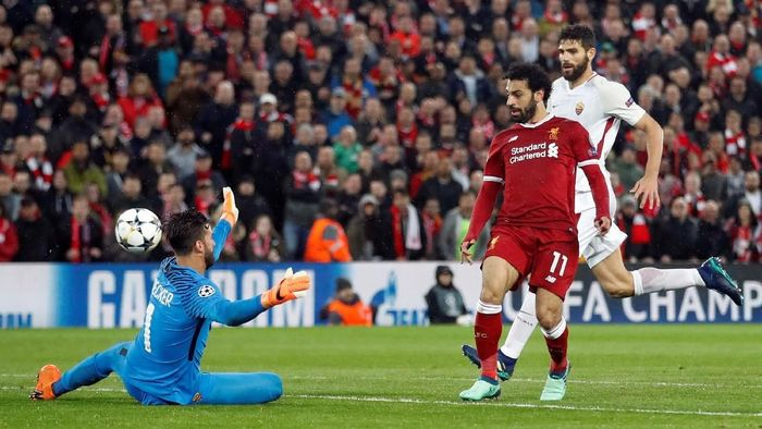 Mohamed Salah mencetak dua gol dan menyumbang dua assist saat Liverpool menang 5-2 atas AS Roma (Foto: Carl Recine/Action Images via Reuters)