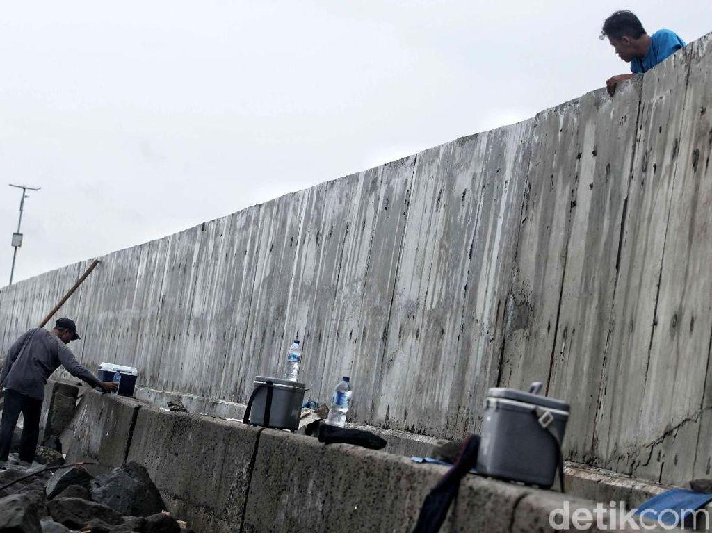 Ini Bentuk Tanggul Penahan Banjir Jakarta
