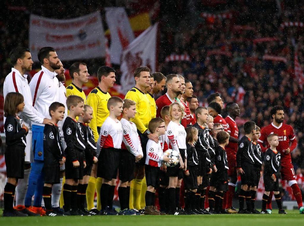 Pesan Damai Totti dan Fowler Jelang Roma vs Liverpool