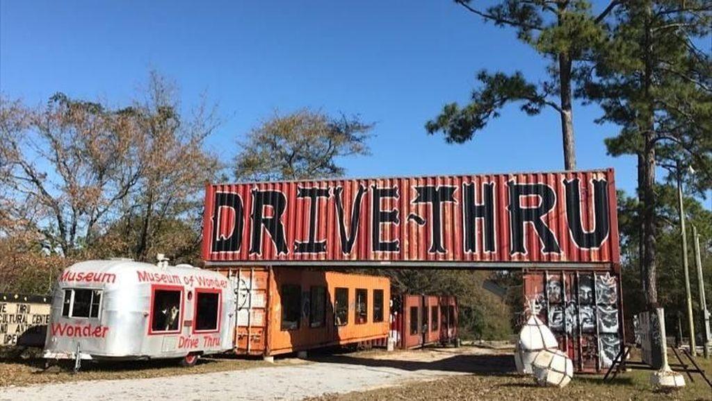 Foto: Museum Drive Thru Pertama di Dunia
