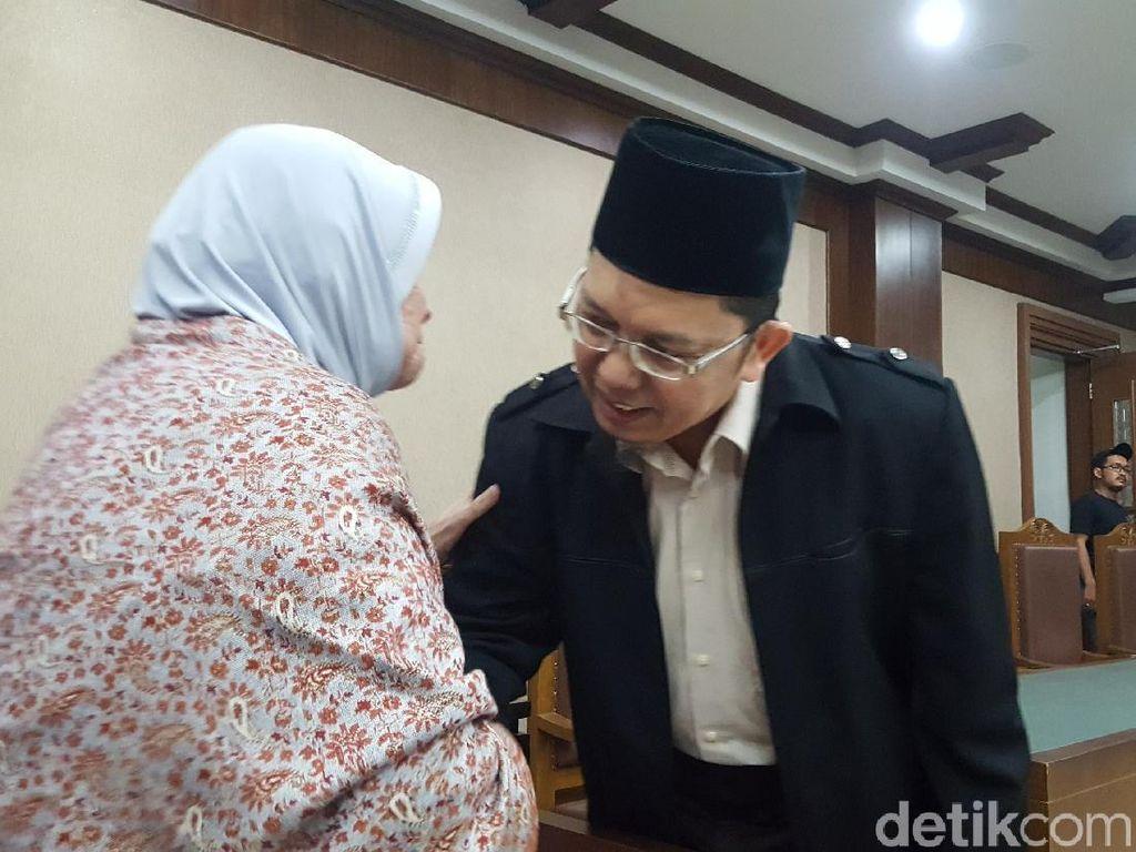 Alfian Tanjung Hadapi Sidang Tuntutan