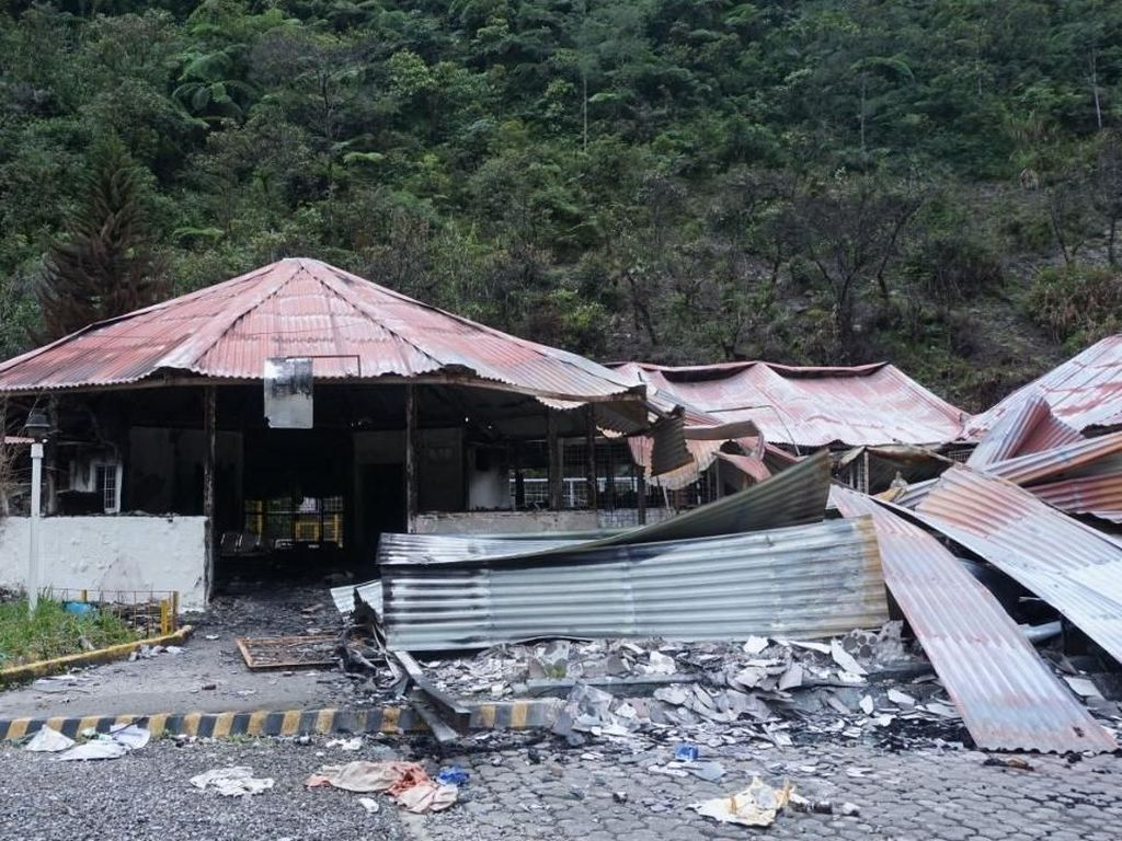 Sekolah yang Dibakar KKB di Mimika Mulai Dibangun
