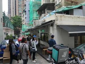 Penat dengan Keramaian Hong Kong, Jalan-jalan di Poho Saja