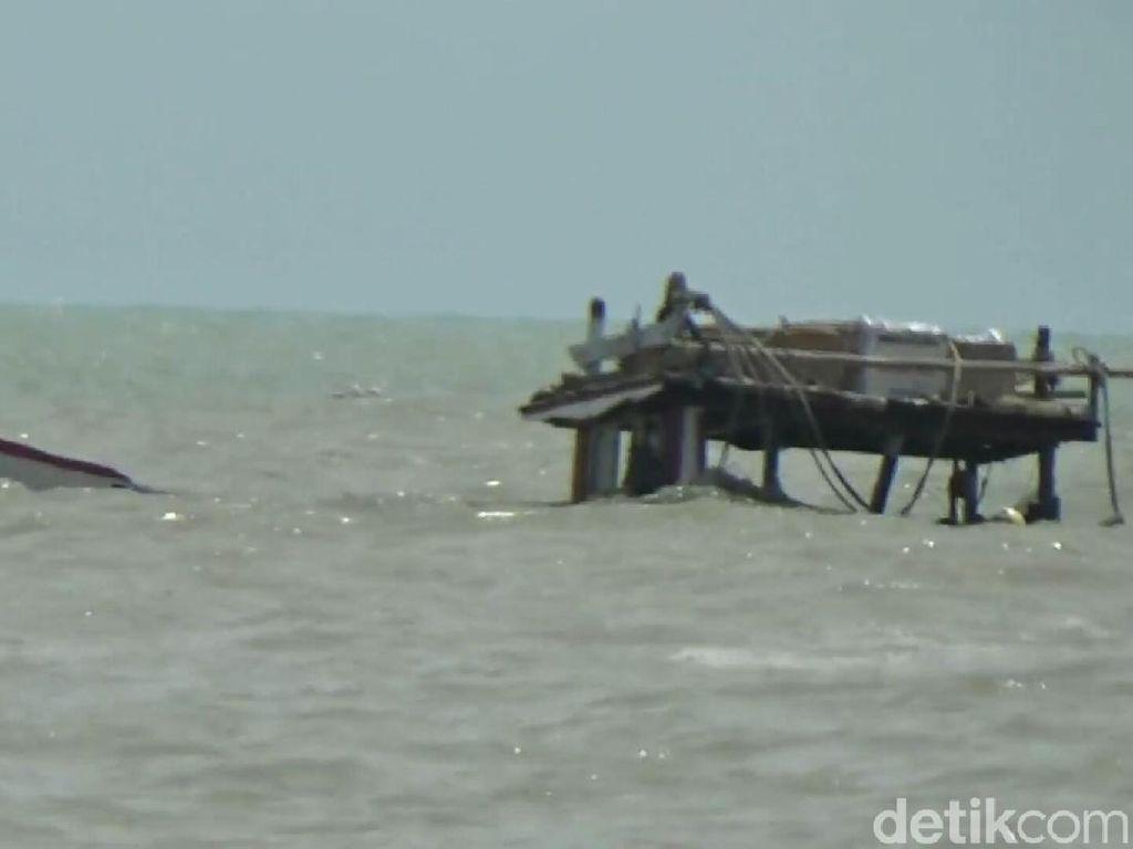 58 Kapal Hanyut Disapu Arus Deras di Pemalang, 2 Nelayan Hilang