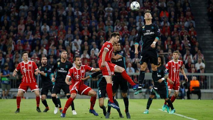 Real Madrid menang 2-1 atas Bayern Munich di leg pertama semifinal Liga Champions (Foto: Michaela Rehle/Reuters)