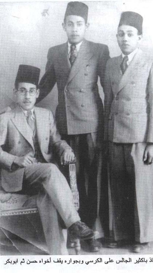 Ali Bakstir bersama dua sahabatnya