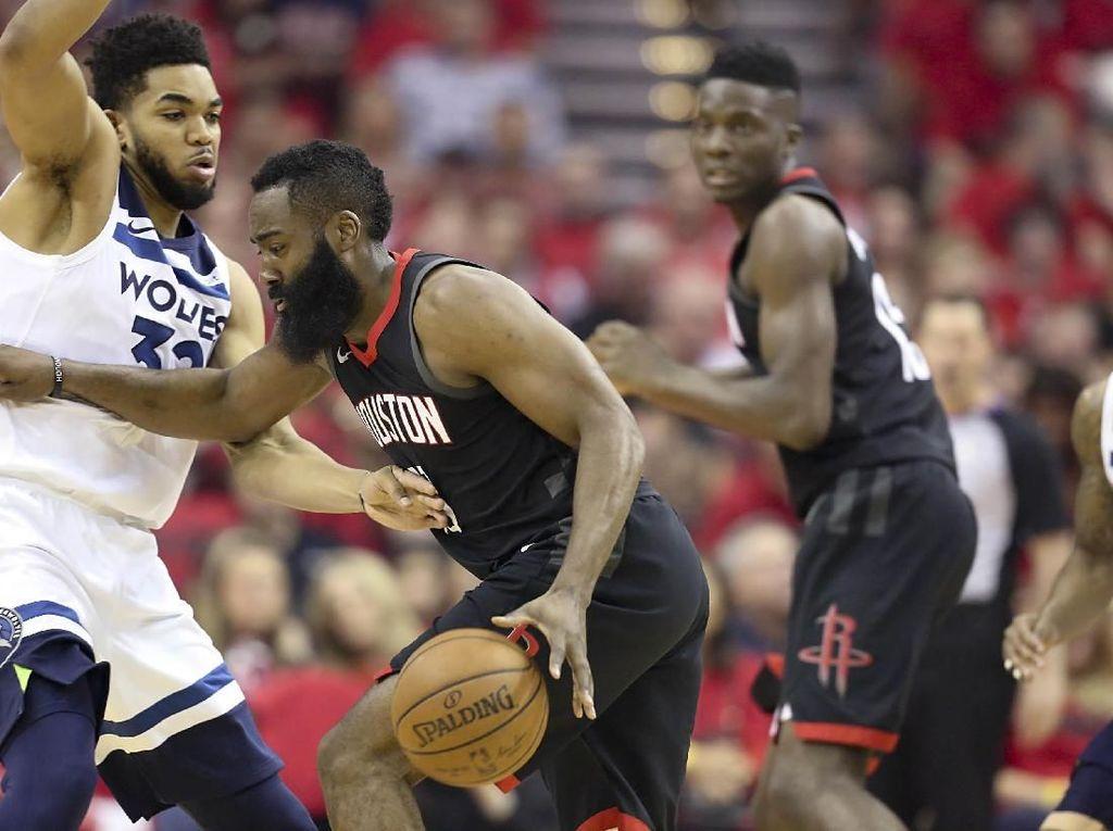Rockets Lolos ke Semifinal Usai Singkirkan Wolves