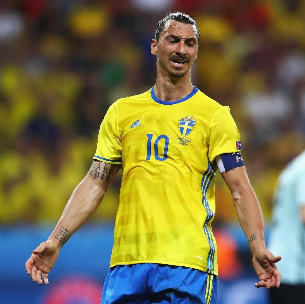 Ibrahimovic Dipastikan Takkan Main di Piala Dunia 2018