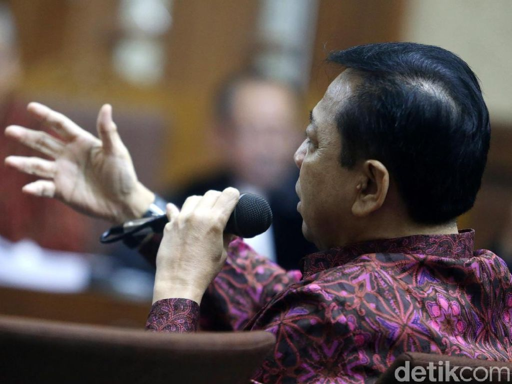 Setya Novanto Bersaksi untuk Bimanesh