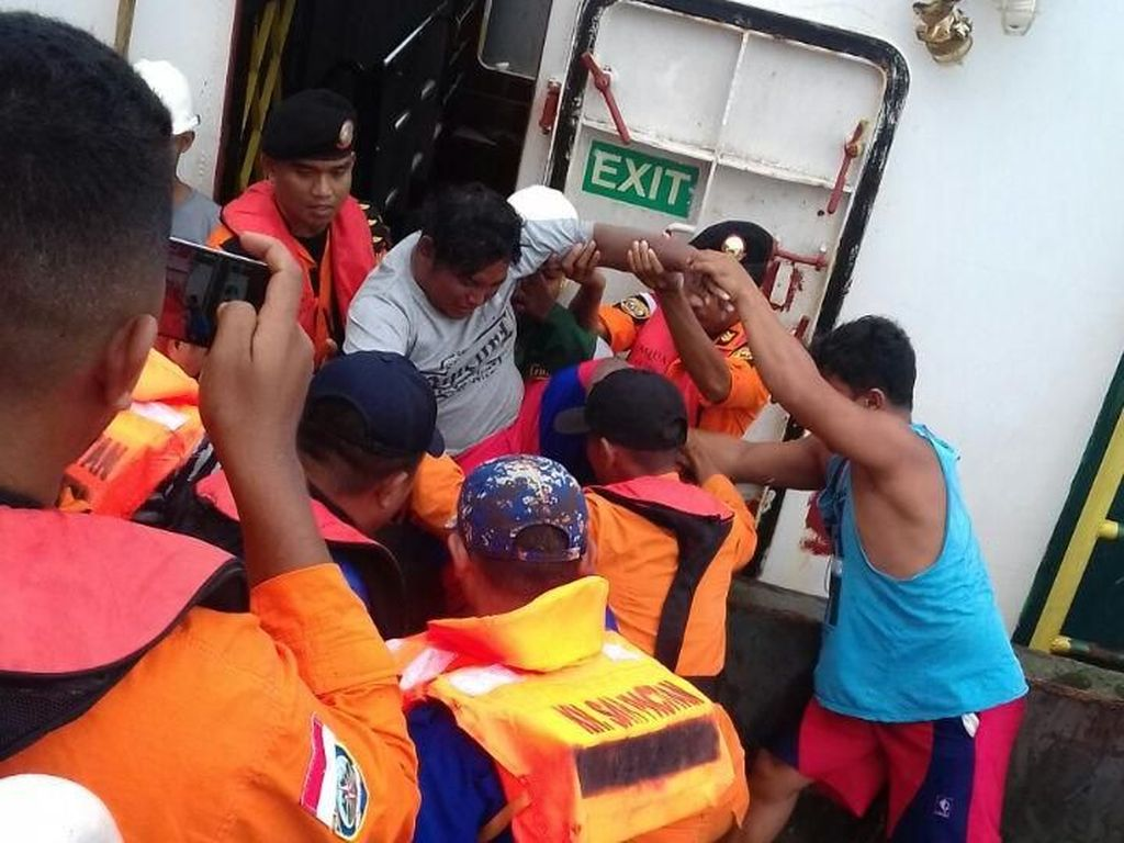 Satu Korban Kapal Tenggelam di Morowali Terjebak di Kapal