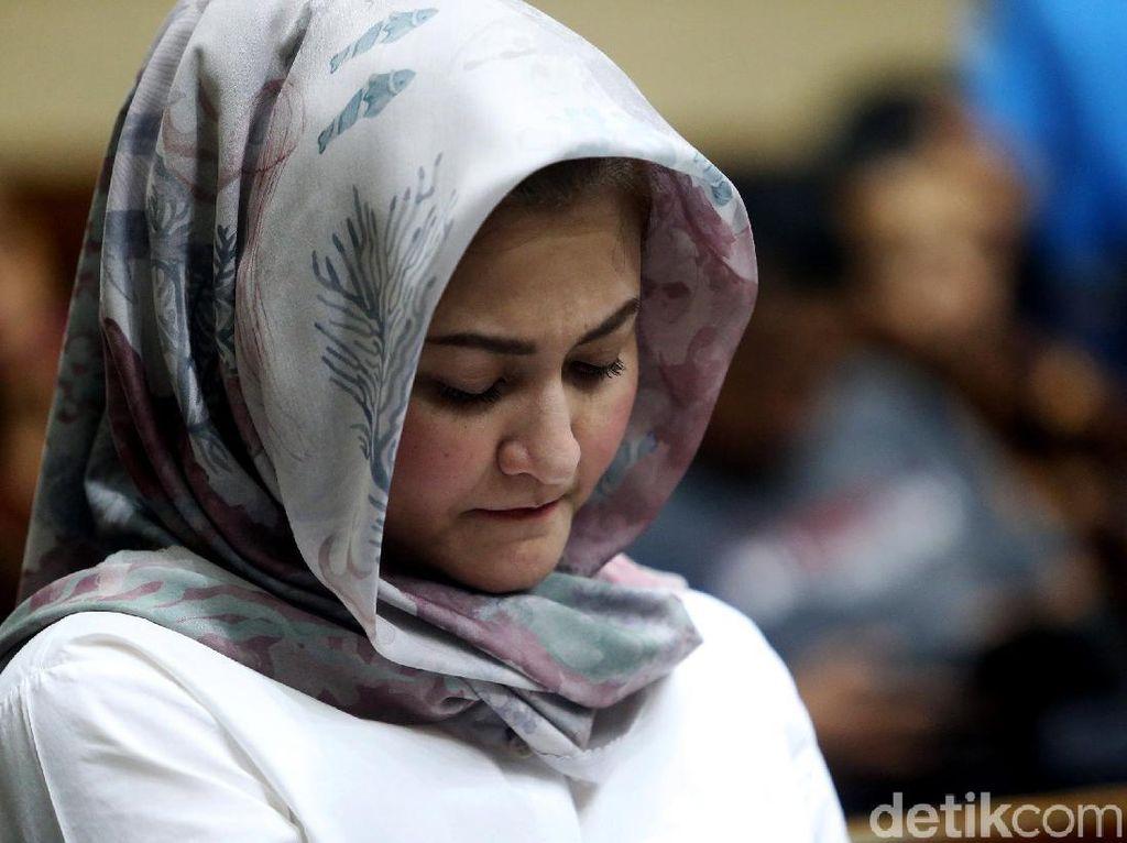 Jaksa ke Istri Novanto soal Perusahaan e-KTP: Kok Kantornya Kecil?