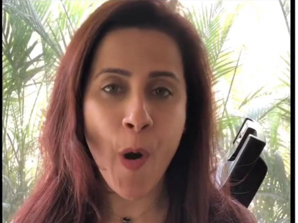 Senam Wajah Untuk Usir Double Chin Ala Fitness Trainer Seleb Bollywood