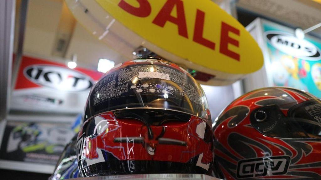 Siapa Mau, Helm AGV Rp 500 Ribuan?