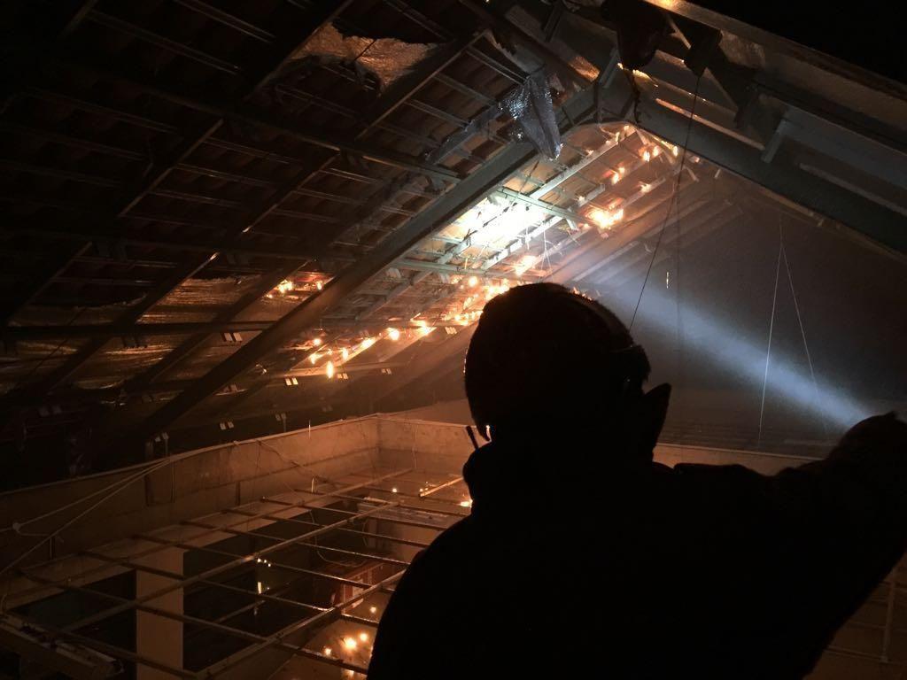 Atap SD di Jaktim Terbakar Akibat Tersambar Petir