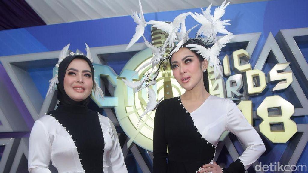 Gaya Syahrini - Aisyahrani Pakai Headpiece Burung, Yay or Nay?
